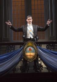 Sean-MacLaughlin-as-Peron-in-Evita-Broadway-Chicago
