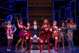 Segerstrom Center - KINKY BOOTS national tour - Photo by Matthew Murphy_4