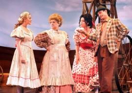 Laurey, Eller, Annie & Ali