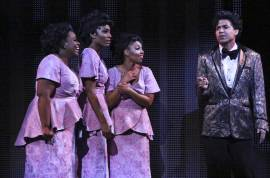 DREAMGIRLS - 1