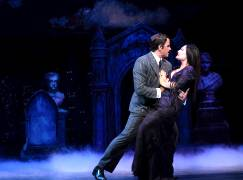 msp-the-addams-family-david-engle-terra-c-macleod-photo-credit-ken-jacques-photography